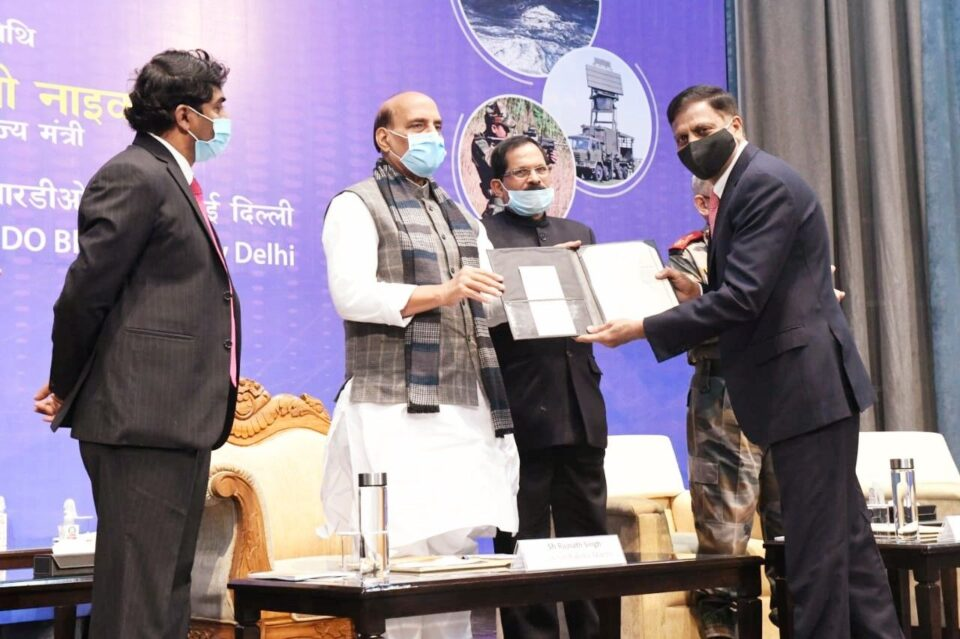 Le Groupe Centum reçoit le Defence Technology Award en Inde